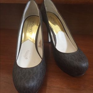 Timeless Authentic Mk shoes